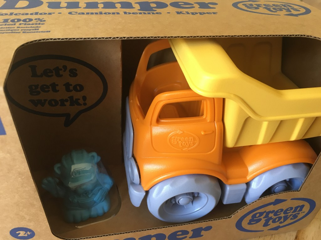 green toys bigjigs review recycled green environmentally friendly dumper construction fleet bulldog review raising the rings