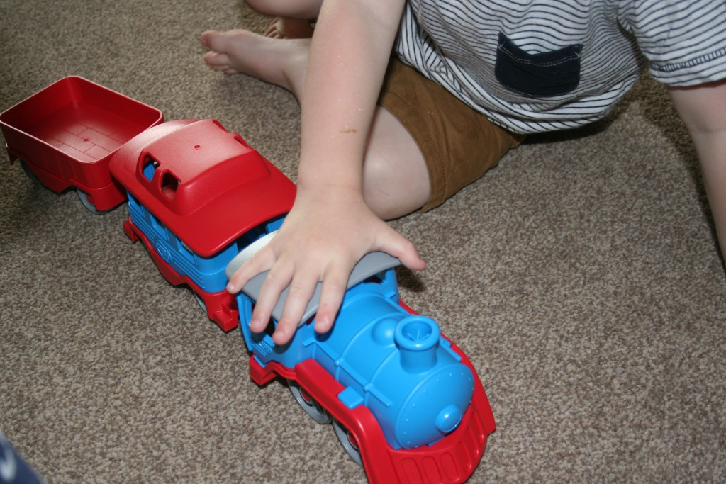 bigjigs toy train blue green toys recycled material eco friendly review blog made in the USA indoor and outdoor friendly
