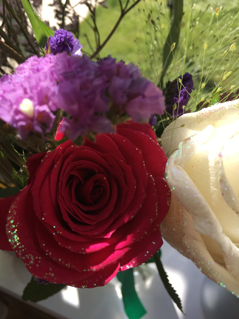 grace and bloom review flower subscription box delivered flowers seasonal roses with glitter red white rose purple flower