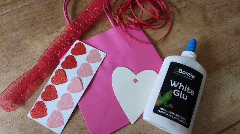 Craft Three Things To Make With The Kids For Valentine S Day