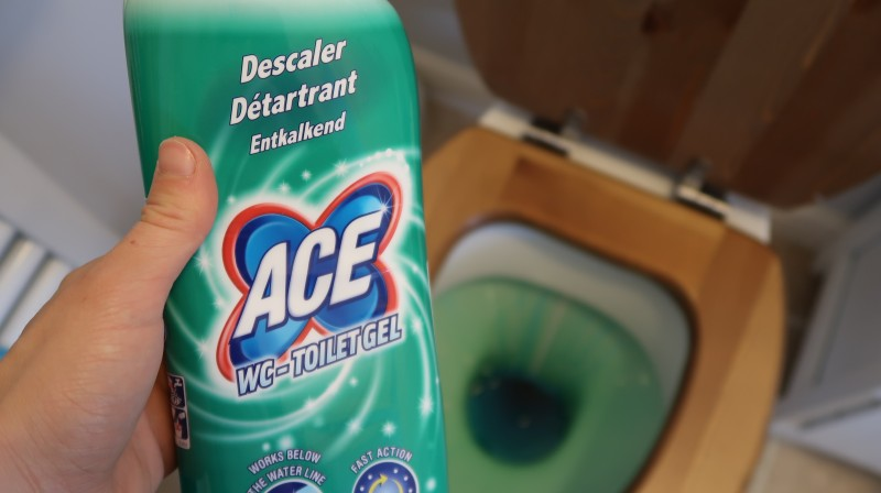 making our house a home cleaning with ace cleaning products wc toilet get red green bottle descale clean toilets