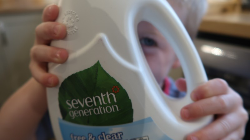 seventh generation review and giveaway green cleaning products household eco environmentally friendly chemical free clear laundry plant based vegan