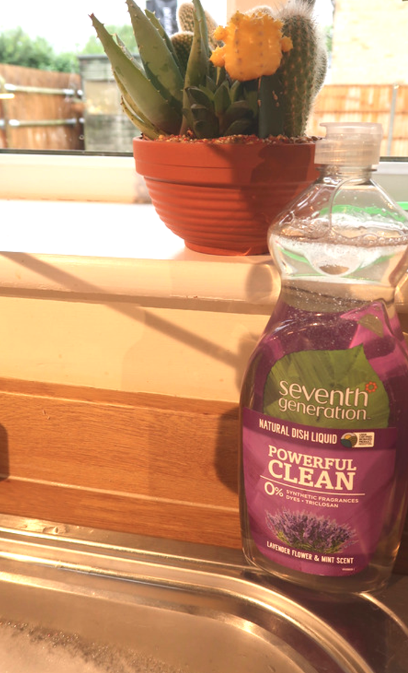 seventh generation review and giveaway green cleaning products household eco environmentally friendly chemical free clear laundry plant based vegan washing up dish liquid lavender and mint