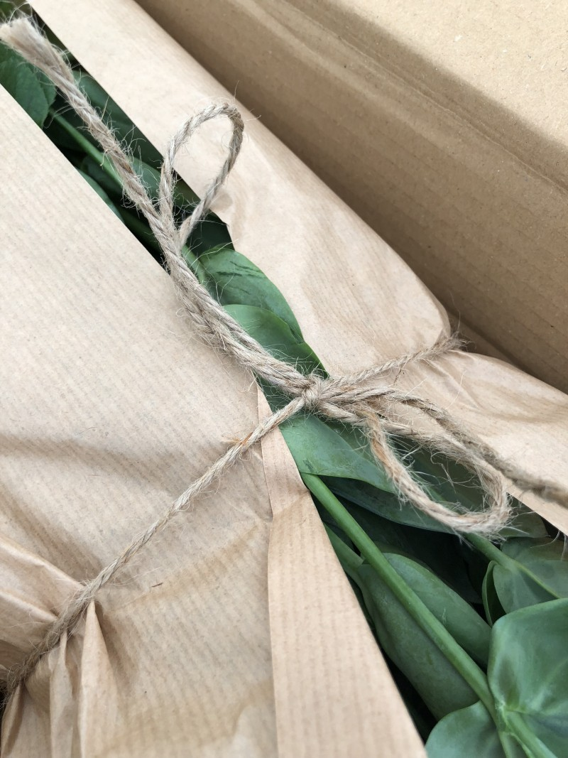 Review Freddie's Flowers Subscription + Discount Code inside the packaging rustic twine