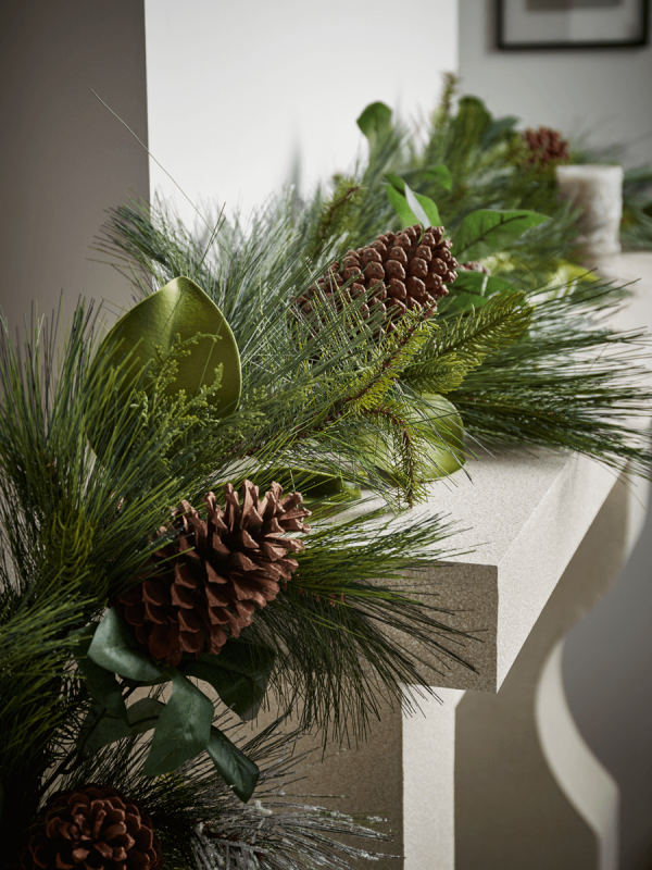 cox and cox mantelpiece garland mantel decoration christmas wreath pine cone botanical greenery inspiration