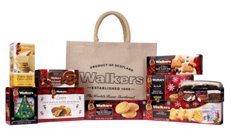 raising the rings christmas bonanza 30 days of giveaways win your presents food shortbread walkers hamper scottish scotland