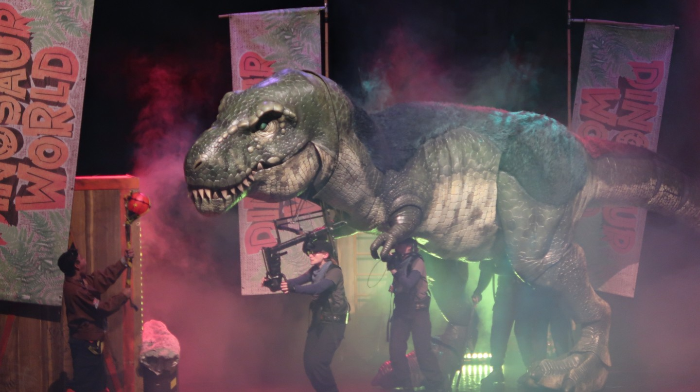 dinosaur world live review corn exchange norfolk dinosaurs show performance theatre tyrannosaurus rex t-rex