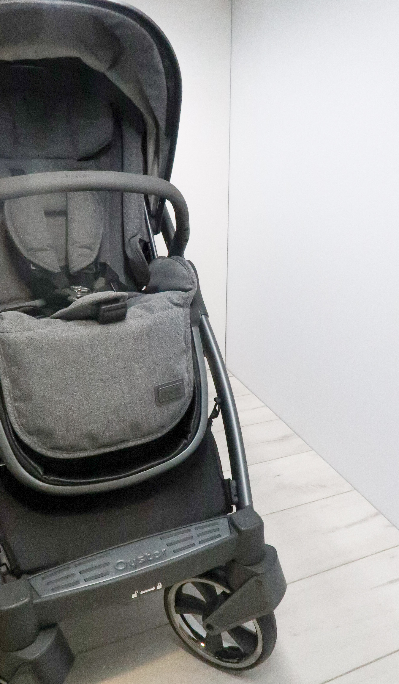 babystyle oyster 3 review chassis seat unit grey pregnancy updates